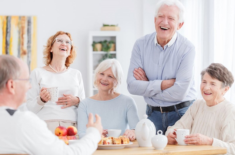 Habiter dans une résidence senior avantages et inconvénients
