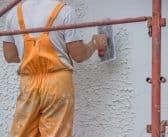 Comment enduire un mur extérieur en parpaings ?