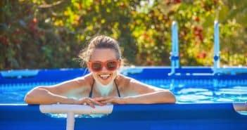 Comment vider une piscine avec un tuyau d'arrosage