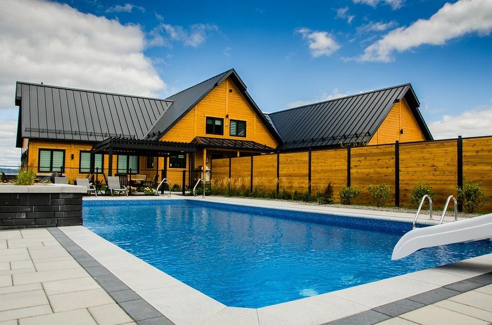 Construction de piscine : quel modèle choisir?